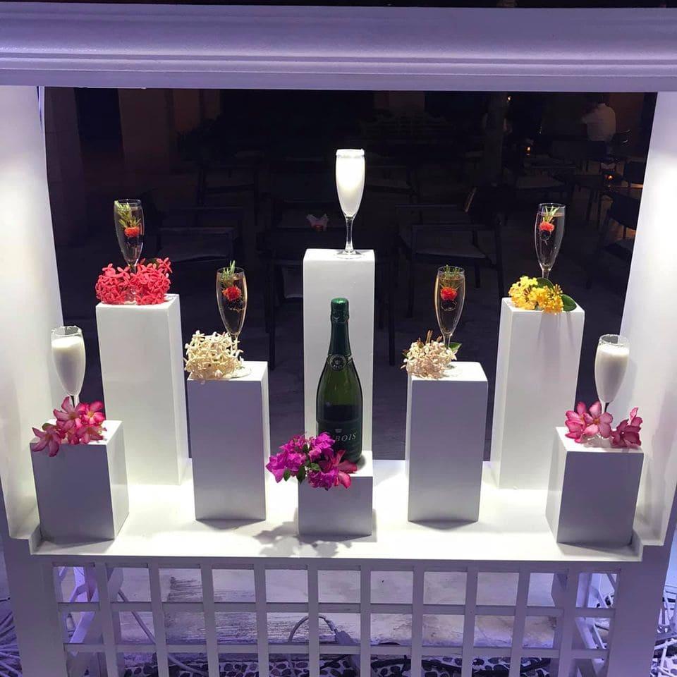 White night champagne glasses